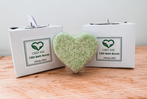 green heart cbd bath bombs 2x box brand cbd me